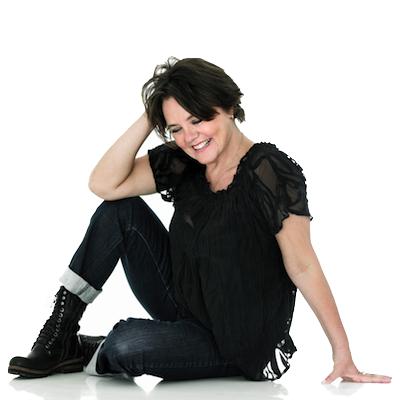 Anja Olsen, kommunikation og coaching Retina Logo